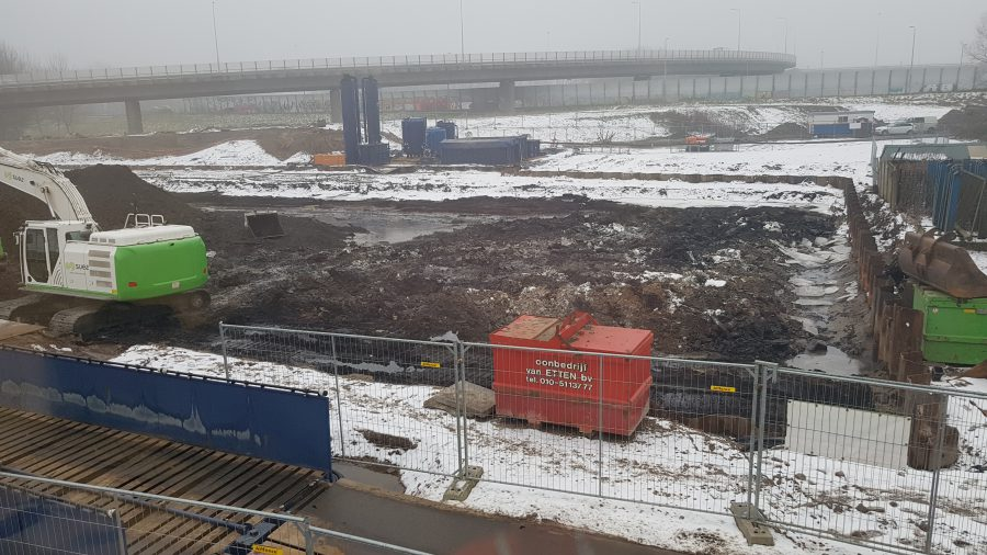 Zuurteer, stortlaag, BK ingenieurs, SUEZ, sanering zuurteerput, Rotterdam